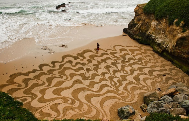 Andres-Amador_Sand-Painting-13